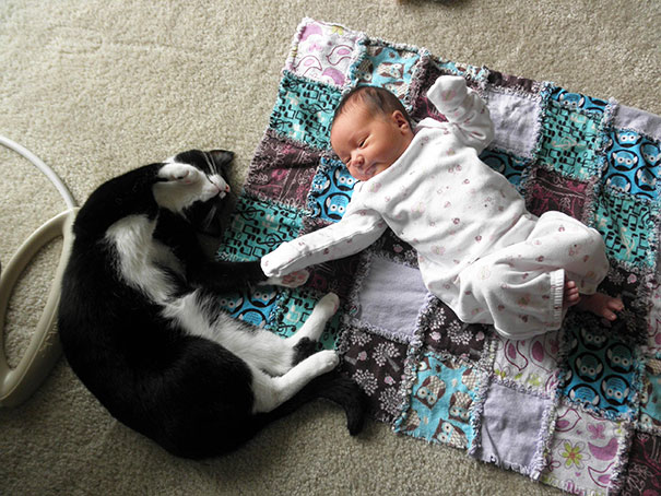 kids-with-cats-111__605
