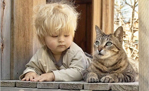 kids-with-cats-211__605